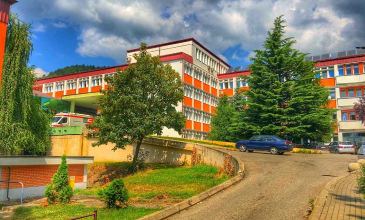 15 pacientë me Coronavirus në Spitalin e Pejës janë në gjendje të rëndë shëndetësore