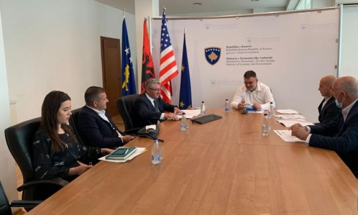 OAK takohet me ministrin Kuçi, diskutojnë mundësit për përkrahje të bizneseve