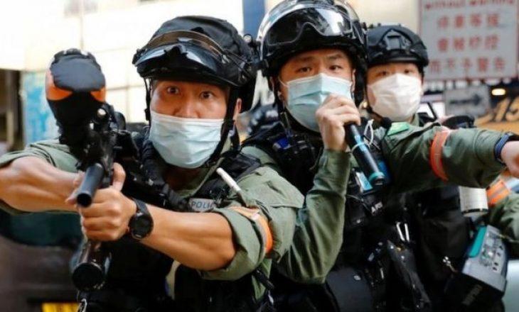 Protestuesit në Hong Kong përfundojnë në përleshje me policinë për shkak të zgjedhjeve të shtyra