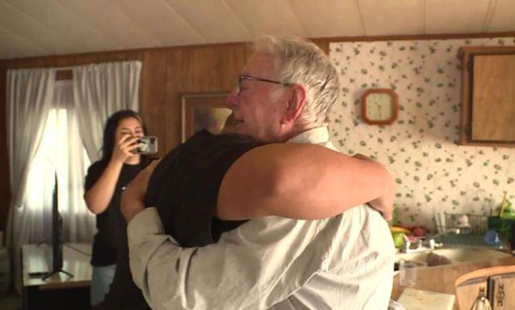 Shprëndarësi 89 vjeçar i picave merr 'bakshish' prej 12 mijë dollarë nga familja e TikTok