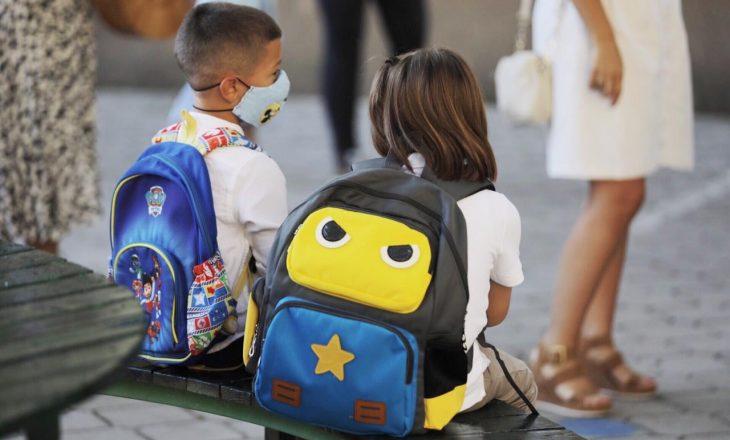 Kryetari Prishtinës uron nxënësit për vitin e ri shkollor