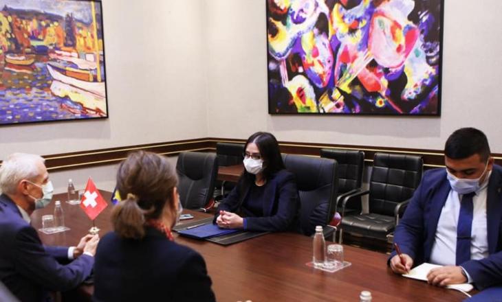 Kryediplomatja njofton ambasadorin e ri zviceran për marrëveshjen e Uashingtonit
