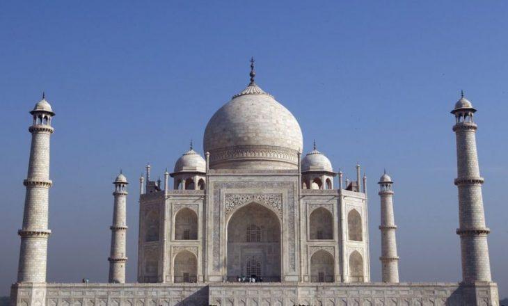 Taj Mahal hap dyert pasi ka qëndruar e mbyllur për gjashtë muaj