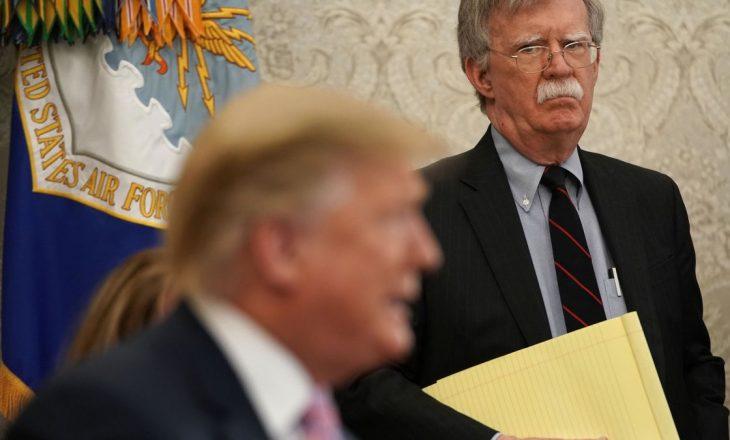 Bolton në hetime për librin e tij rreth Trump-it