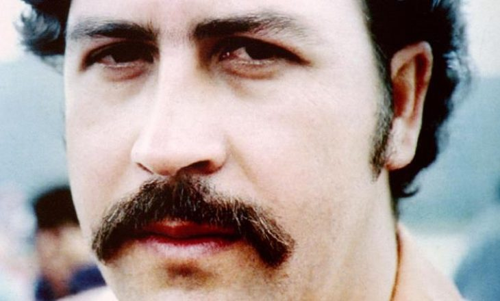 Nipi i Pablo Escobar gjen 18 milionë dollarë para të gatshme në shtëpinë e bosit të drogës