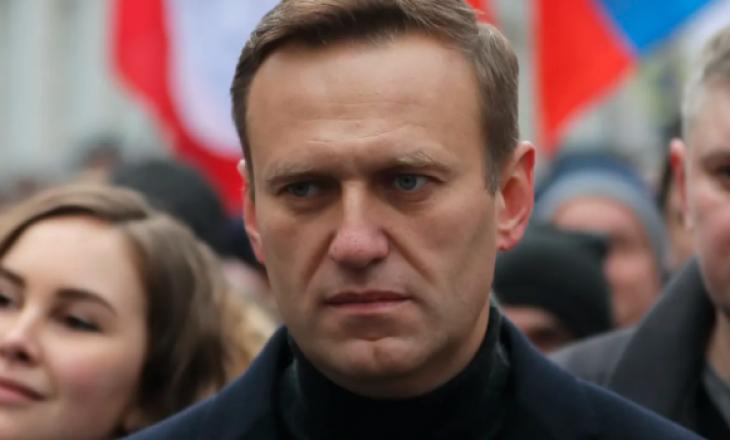 Alexei Navalny del nga gjendja kome pas helmimit