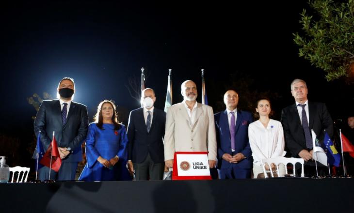 """Nënshkruhet marrëveshja Kosovë – Shqipëri për """"Liga Unike"""""""
