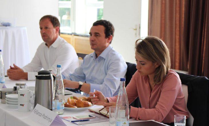Kurti takim me bashkatdhetarët në Gjermani