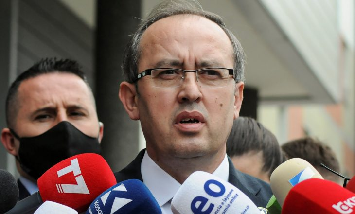Hoti thotë se Franca dhe Holanda po e pengojnë liberalizimin e vizave për Kosovën