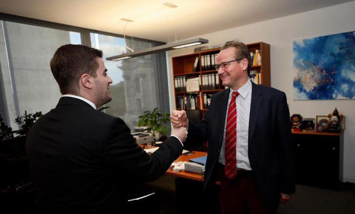 Cakaj në Berlin kërkon liberalizim të vizave për Kosovën