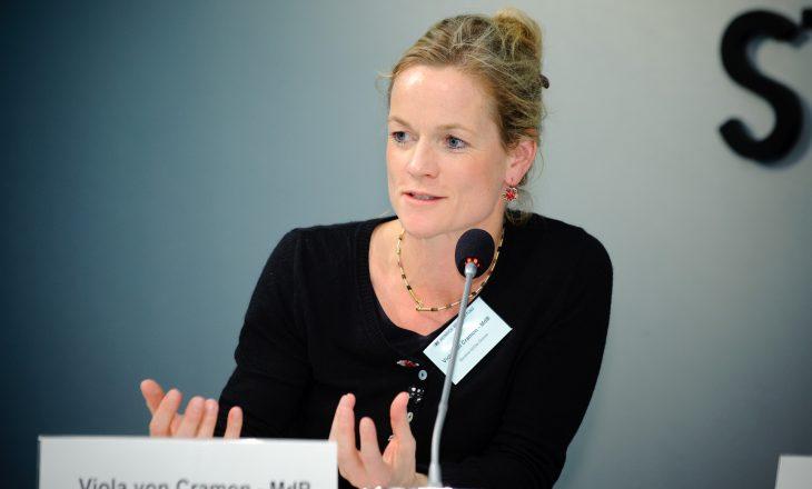 Viola von Cramon: Nëse PE do të thoshte fjalën e fundit, Kosova do t'i kishte vizat