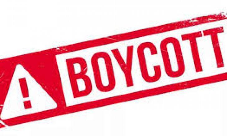 Pse të famshmit po bojkotojnë mediat sociale për 24 orë?