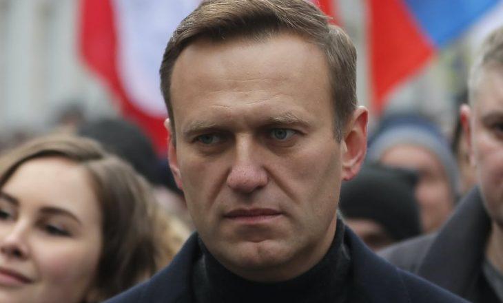 Publikohen fjalët e para bashkë me një fotografi të liderit opozitar rus i cili u helmua