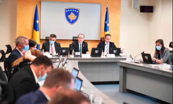 Hoti para ministrave: Marrëveshja fuqizon Kosovën në arenën ndërkombëtare