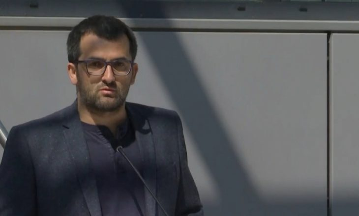 Shkëlzen Gashi i reagon ushtarit amerikan: Erdhe ta ruash paqen sepse ishte interes i vendit tënd