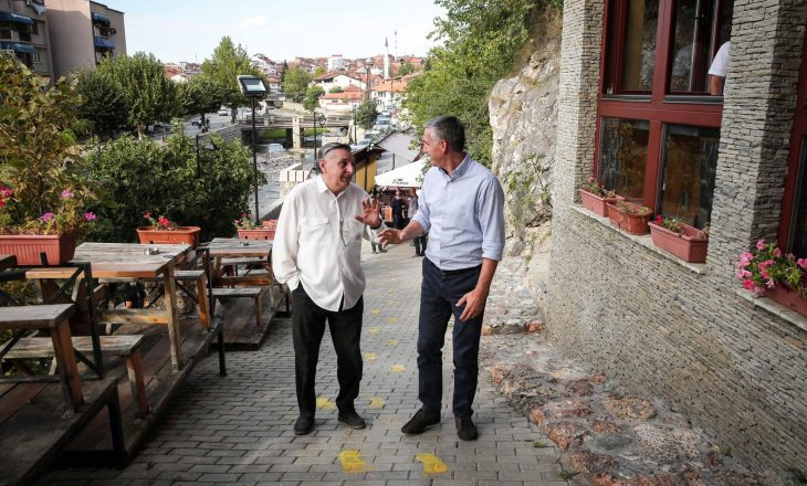 Veseli e çmon gatitshmërinë e Izraelit për ta njohur Kosovën