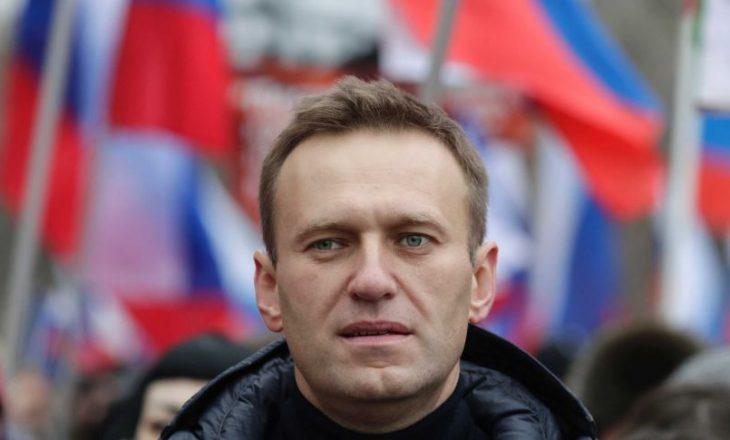 Gjermania thotë se lideri opozitar rus ishte helmuar, Kremlini mohon pretendimet