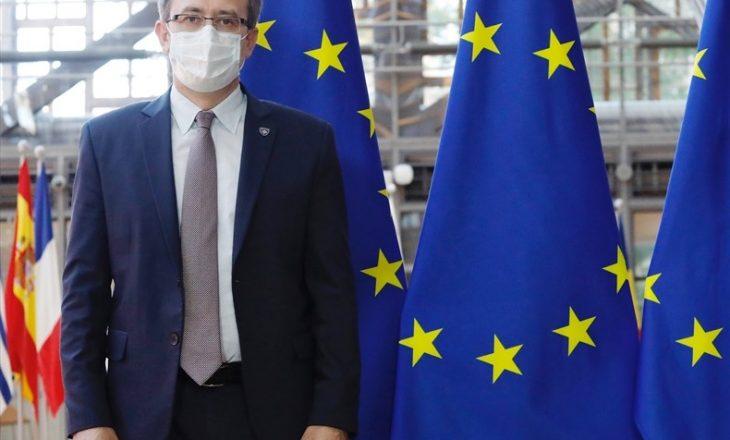 Hoti do të takohet të enjten me zyrtarë të Bashkimit Evropian
