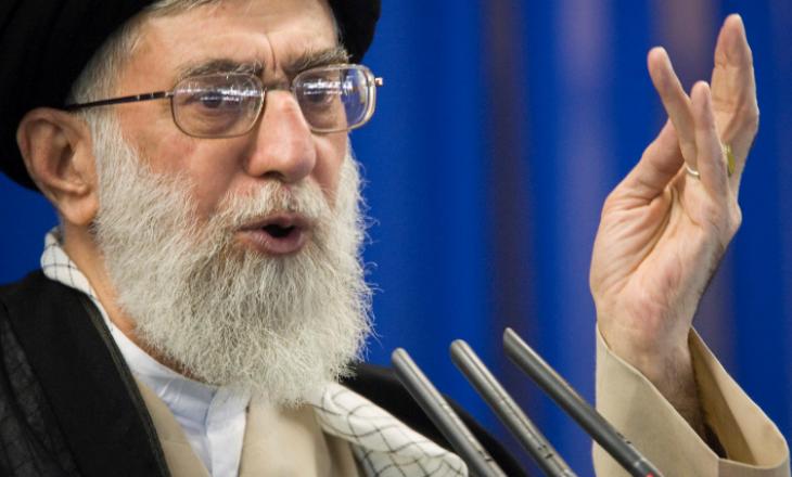 Lideri suprem i Iranit: Emiratet e Bashkuara Arabe tradhtuan botën islame