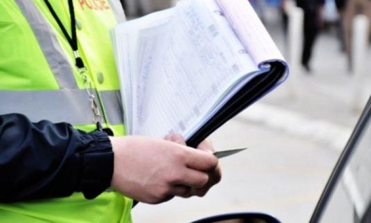Tentoi korruptimin e policëve me 50 euro, dënohet me 6 muaj burg