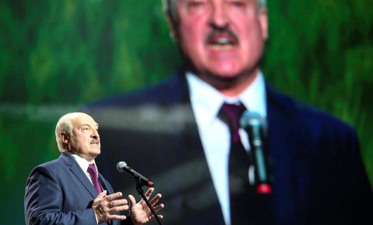 Lukashenko inaugurohet si president pa paralajmërim