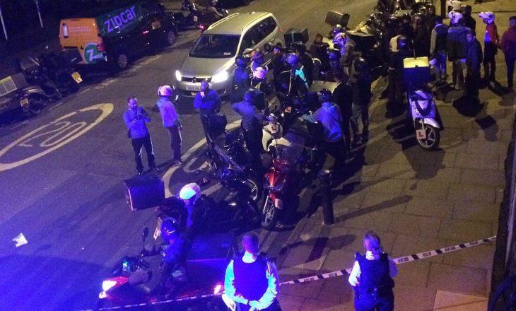Në Londër, plagosen 11 policë