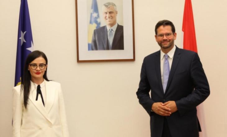 Haradinaj-Stublla dhe eurodeputeti Mandl flasin për përmbylljen e dialogut Kosovë Serbi