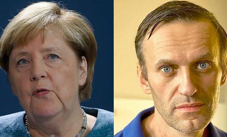 Navalny: Në spitalin ku qëndroja në Berlin, më vizitoi Merkel