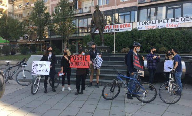 """""""Jom njeri, s'jom rob"""", protesta për të drejtat e grave"""