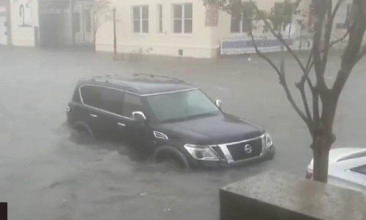 SHBA: Stuhia e madhe lë mbi gjysmë milioni veta pa rrymë (VIDEO)
