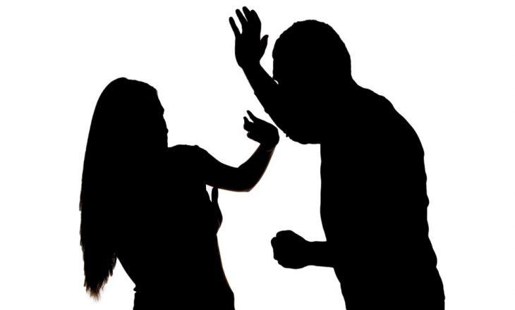 Fushë Kosovë: Burri sulmon fizikisht gruan