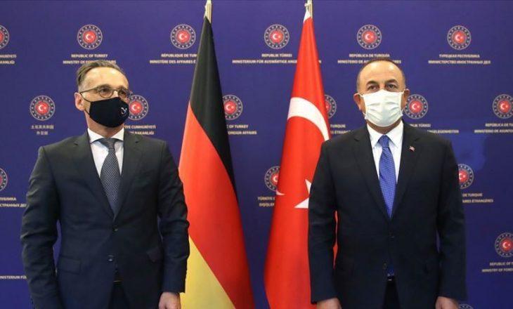 Gjermani – Turqi, diskutime mbi konfliktin mes Armenisë dhe Azerbajxhanit