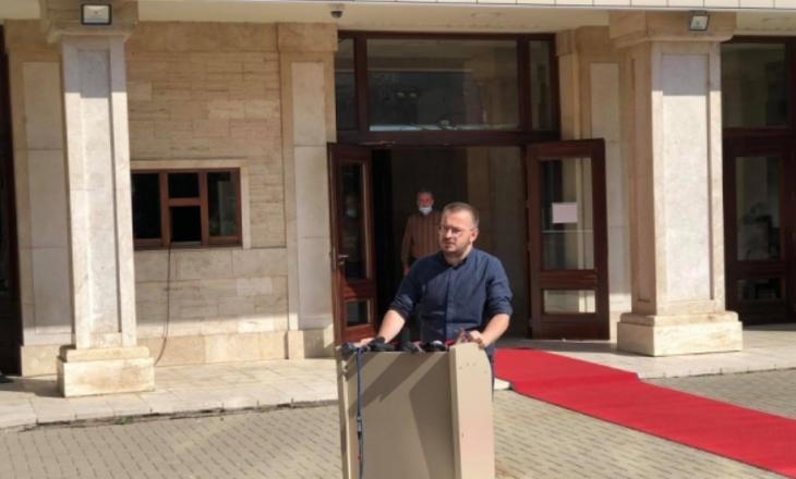 VV thërret në interpelancë ministrin Likaj – akuzon Qeverinë Hoti për paaftësi në fillimin e vitit shkollor
