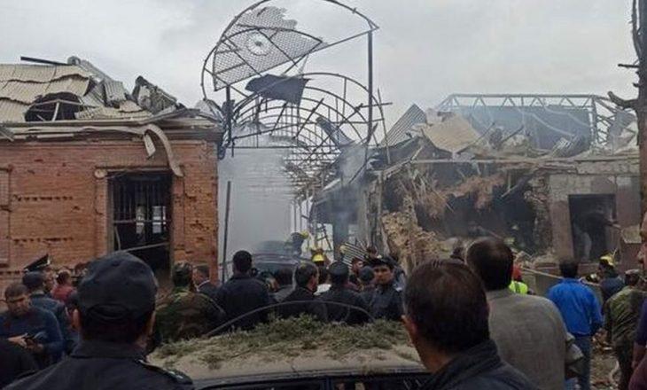 Që nga fillimi i konfiktit në Nagorno – Karabakh, Armenia ka vrarë 30 civilë, ndërsa Azerbajxhani ka shkatërruar 260 tanke