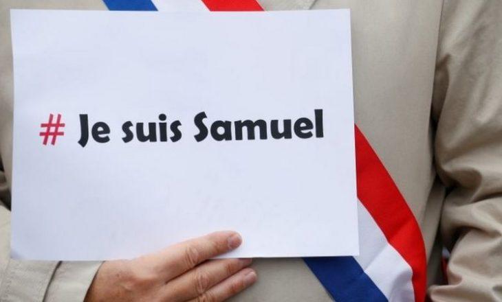 Mijëra veta dalin në protesta në Francë në shenjë solidariteti mësuesin e vrarë Samuel Paty