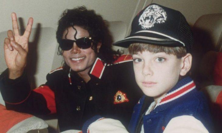 Gjykata refuzon pandinë e akuzuesit për abuzim nga Michael Jackson