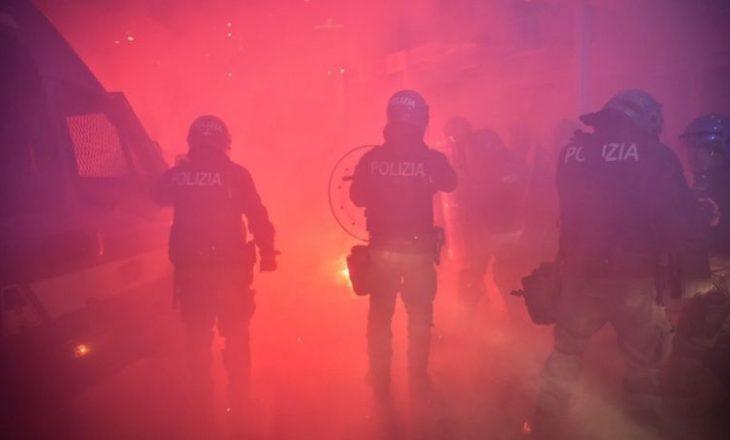 Në Itali protestohet kundër masave të marra ndaj Covid