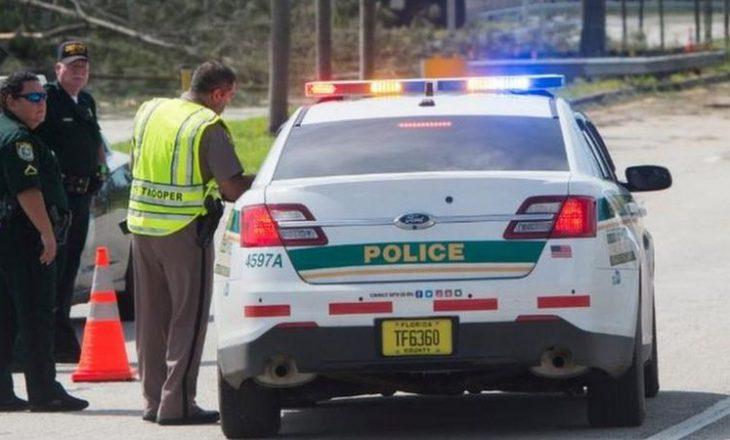 Reperi gjendet i vdekur në makinë pas një aksidenti në autostradën e Floridas