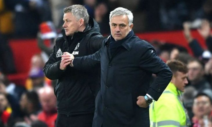 Solskjaer dhe Mourinho thumbojnë njëri tjetrin