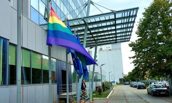 """Hoti në """"Javën e Krenarisë"""": Mbrojtja e të drejtave të komunitetit LGBTIQ+, përgjegjësi e të gjitha institucioneve"""