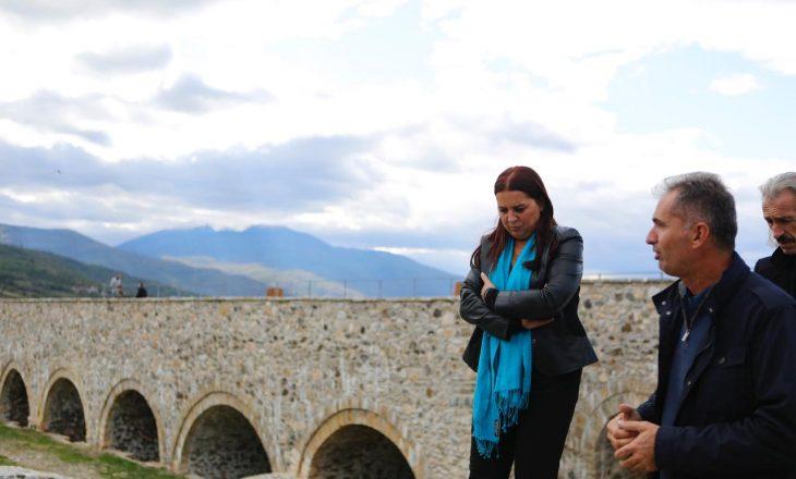 Dumoshi përuron 7 shtëpi muze në Qendrën Historike të Prizrenit