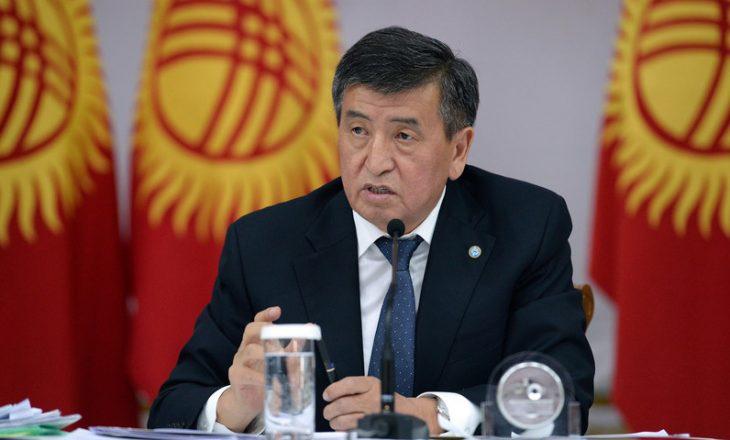 Presidenti i Kirgistanit, Jeenbekov jep dorëheqjen e paralajmëruar