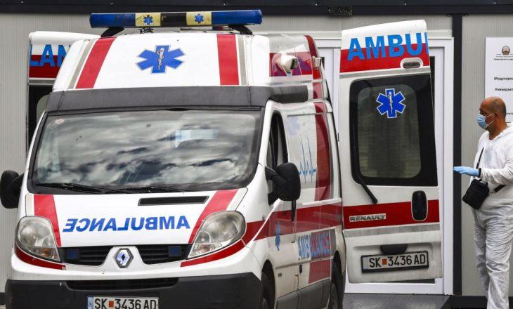 Dhjetëra të infektuar me Coronavirus po transportohen nga ndihma e shpejtë në Maqedoni