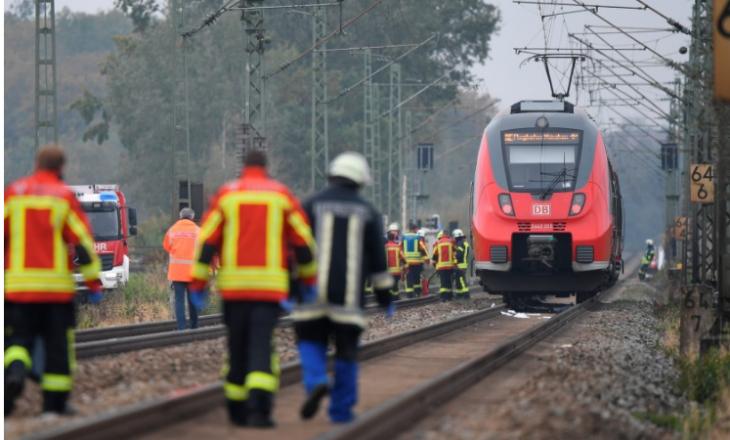 Goditen për vdekje nga treni dy shqiptarë në Gjermani