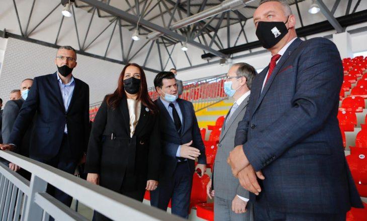 Në Deçan përurohet palestra me vlerë dy milionë euro