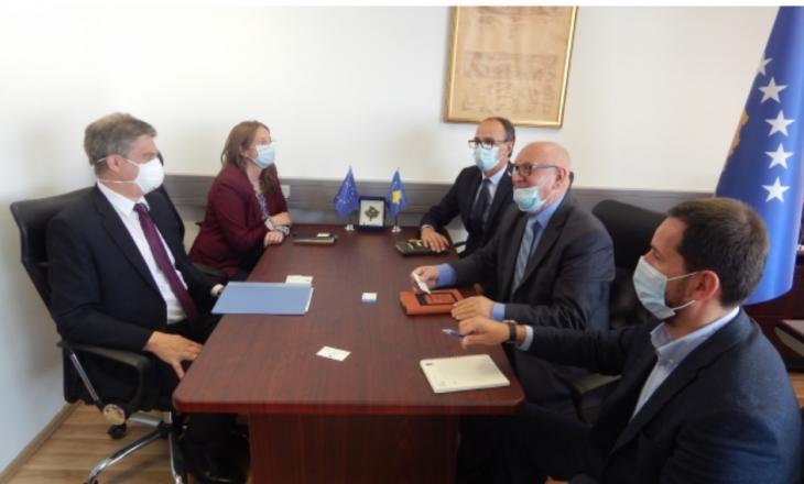 Kryesuesi i Komisionit Qeveritar për Persona të Zhdukur takohet Shefin e Misionit të EULEX-it