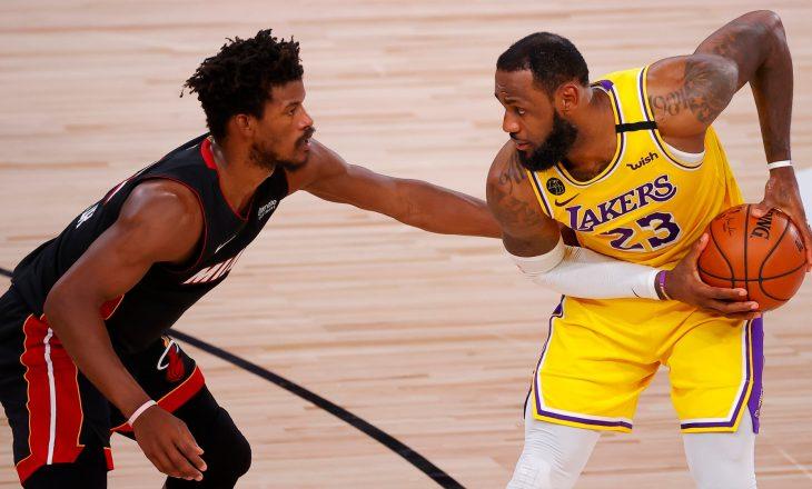 Miami mbanë gjallë shpresat, fiton ndaj Lakers