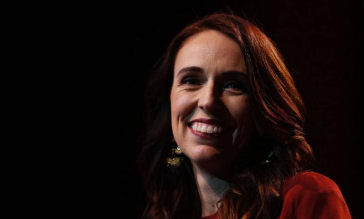 Zgjedhjet në Zelandën e Re: Laburistët dhe Ardern fitojnë bindshëm (VIDEO)