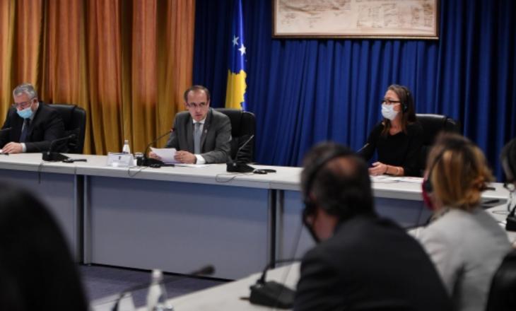 Hoti takon Ekipin e Kombeve të Bashkuara në Kosovë