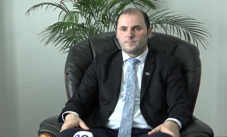 Murtezaj: Hoti ka punësuar edhe familjarë të tij në Ministrinë e Financave – nepotizmi ndryshe nuk është